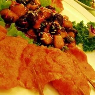 香菇肉串 -  dari 山东新梅园大酒店 (华龙路沿线) di 华龙路沿线 |jinan