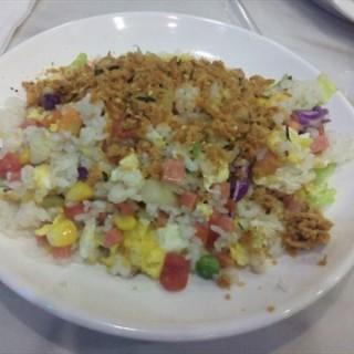 夏威夷炒饭 - 位於滨江道 的悦客多地中海风味健康餐 (滨江道 ) | 天津