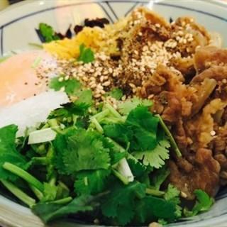 日式牛肉饭 - 位於滨江道 的丸龟制面 (滨江道 ) | 天津