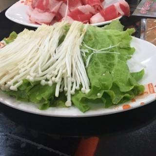 金针菇 - 位于望京的呷哺呷哺 (望京) | 北京