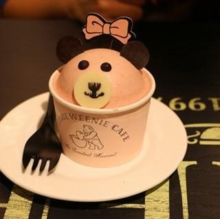 草莓蛋糕 - ใน硚口区 จากร้านTEENIE WEENIE CAFE (硚口区) Wu Han