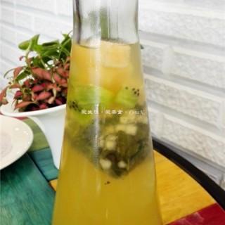 鲜果冷泡茶 - gongyedadao's 猫山王榴莲蛋糕甜品 (gongyedadao)|Guangzhou