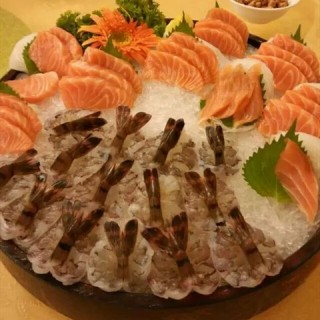 海鲜刺身 - ใน积玉桥 จากร้าน渔人码头海鲜酒楼(中山路店) (积玉桥)|Wu Han