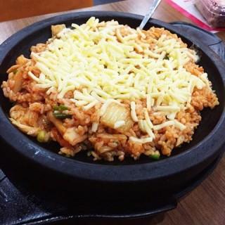 芝士泡菜炒饭 - 位於和平区的正一味 (和平区) | 天津
