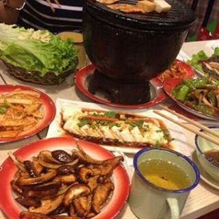 烤香菇 - 位于西单的炙子革命烤肉 (西单) | 北京