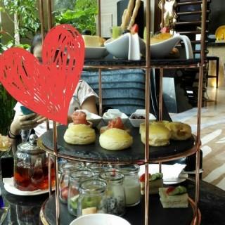 英式下午茶 - yuexiuqu's 广州希尔顿逸林酒店-OPEN全日制餐厅         (yuexiuqu) Guangzhou