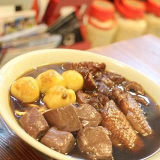 三餸車仔麵 -  大角咀 / Bon Bon Cafe (大角咀)|香港