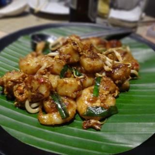 炒蘿蔔糕配鮮蝦 - 位於的馬來一菜館 (西環) | 香港