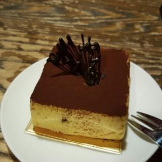 浦佢哋自家製的甜,好好味,又綿又滑! - ใน太子 จากร้านPudong Pub & Cafe (太子)|ฮ่องกง