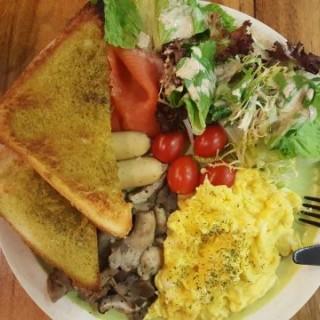 All Day Breakfast - ใน觀塘 จากร้านCoffee Art (觀塘)|ฮ่องกง
