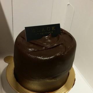 經典朱古力蛋糕 - 位于太古的Black As Chocolate (太古) | 香港