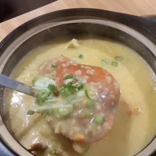 招牌膏蟹粥 - 位於灣仔的一番鋒味 (灣仔)   香港