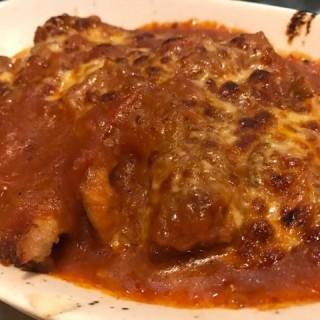 鮮茄蓉芝士焗豬扒薑黃飯 - 位於大埔的蕃滿門 (大埔) | 香港