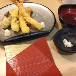 天婦羅拼盤 - 位於紅磡的丼丼亭 (紅磡) | 香港
