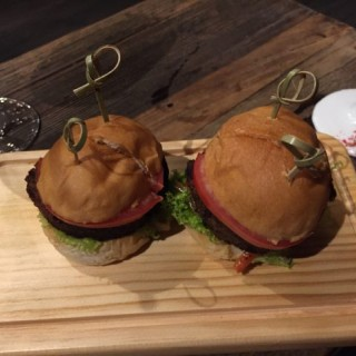 Craft  Mini  Burger - Central's Topiary (Central)|Hong Kong