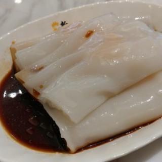 鮮蝦腸粉 -  dari Sun Kee Chicken Congee (筲箕灣) di 筲箕灣 |Hong Kong
