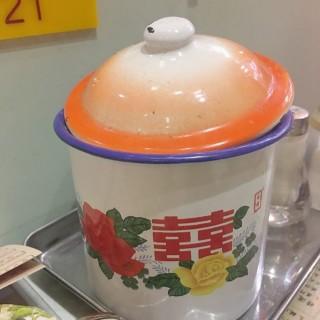 位於的金記冰室 (銅鑼灣) | 香港