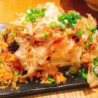 魚酥皮蛋豆腐 - 位於太子的老街 (太子) | 香港