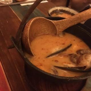 海蝦冬蔭公海鮮湯 - 位於觀塘的Add Some Thai Restaurant (觀塘) | 香港