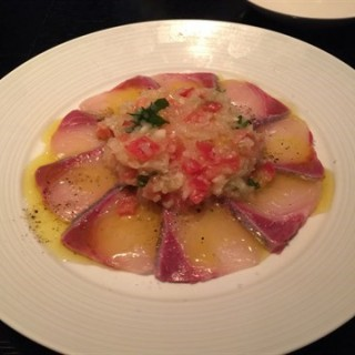 Fresh seafood carpaccio -  dari Suju Dining Shibuya Hikarie Store (渋谷) di 渋谷 |東京