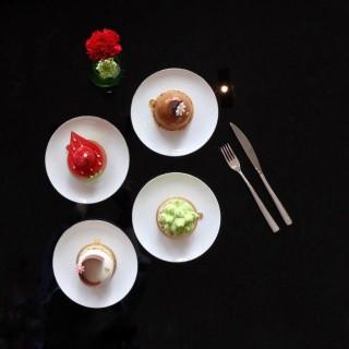 Cakes from Mandarin Oriental Cake Shop -  dari Mandarin Oriental Cake Shop (宋玉生廣場(皇朝)) di   Macau