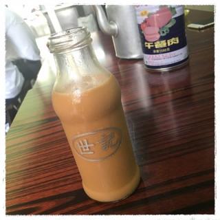 樽仔奶茶 -  dari 世記咖啡 (新馬路) di 新馬路 |Macau