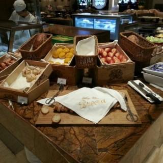各式麵包 -  dari Festiva (路氹城) di  |Macau