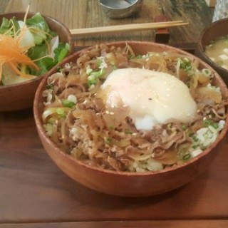 LUNCH SET 和牛溫泉蛋飯 -  dari Japas (黑沙環) di 黑沙環 |Macau