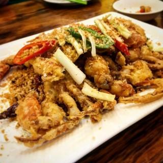 避風塘軟殼蟹 - Fai Chi Kei's 鳳凰大排檔 (Fai Chi Kei)|Macau