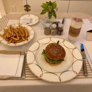 Room service - Coloane-Taipa's SW Steakhouse (Coloane-Taipa) Macau