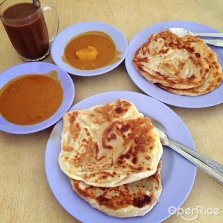 Joo Chiat's Mr and Mrs Mohgan's Super Crispy Roti Prata (Joo Chiat)|Singapore