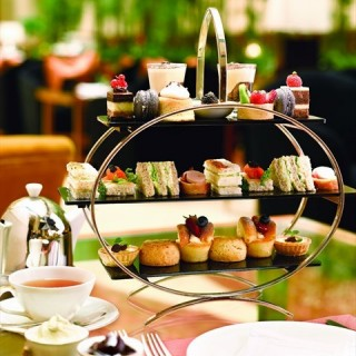 Afternoon Tea Set - Raffles Place's The Courtyard (Raffles Place)|Singapore
