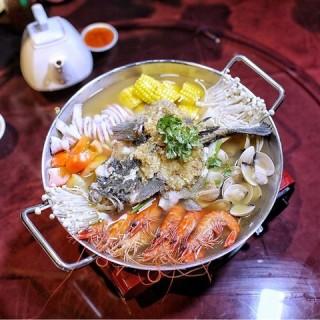 SEAFOOD HOTPOT $128++ -  Yishun / Long Jiang Chinos (Yishun)|Singapore
